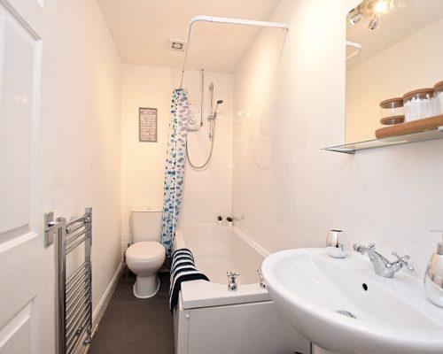Whifflet Part Apartment - Coatbridge (6)